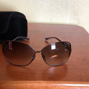 Tom Ford shades with case